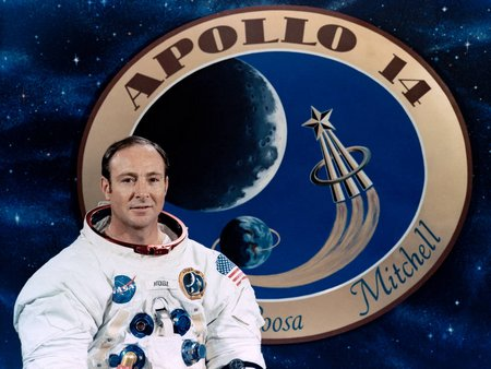 edgar mitchell portrait