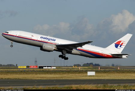 Malaysia-Airlines-Boeing-777-200 PlanespottersNet 222474